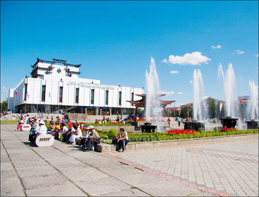 Kyzyl city square.