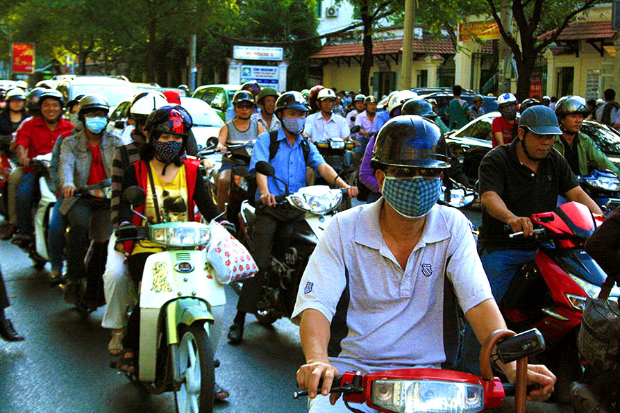 44 Days in Vietnam - My Motorcycle Ride Across the Country (Part 1 - Departure from Saigon) - OpenWorld Magazine