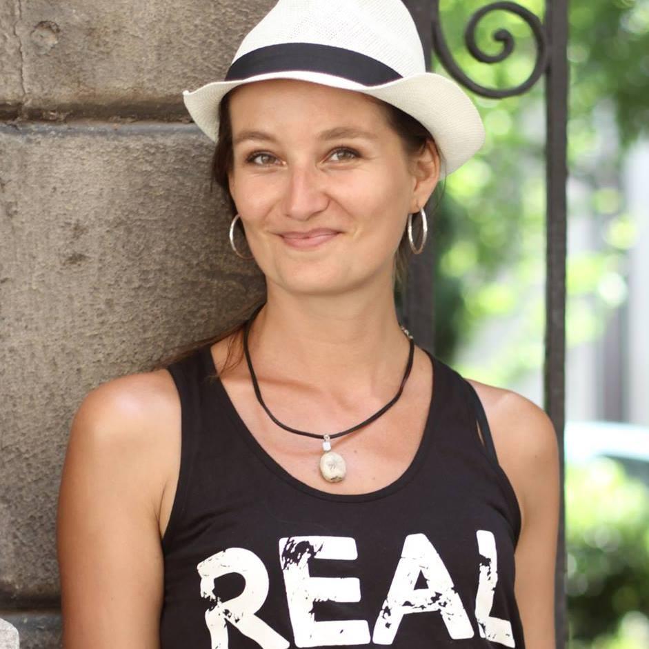 Alexandra Kovacova, Crazy Sexy Fun Traveler