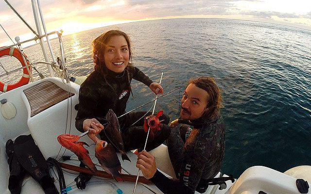 Riley and Elayna, Sailing La Vagabonde
