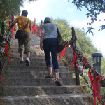 Walking up Mt Huashan.