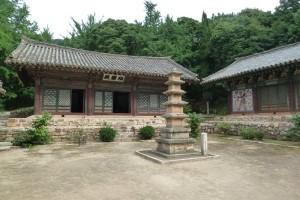Songbul temple in North Korea.
