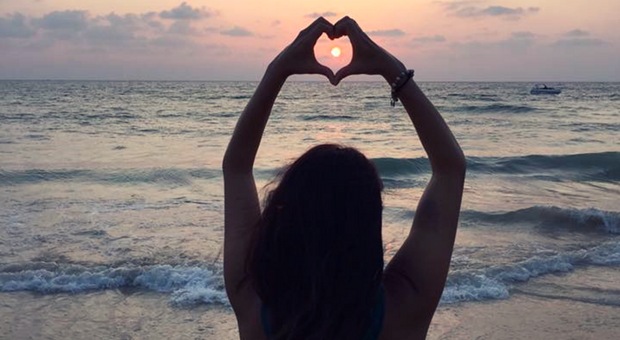 How can digital nomads find love? A discussion with Aline Dahmen, founder of Nomad Soulmates.